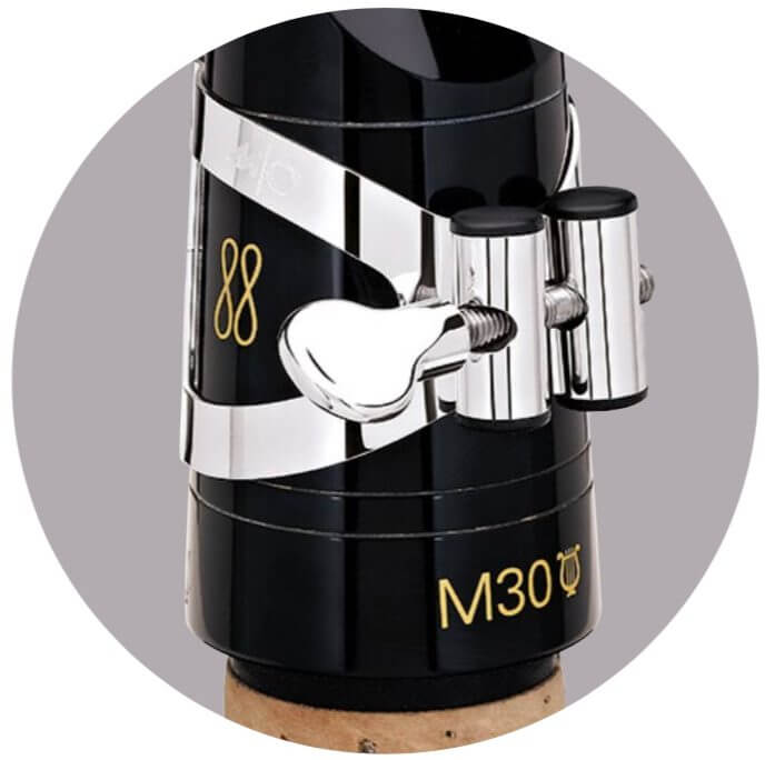 M/O Ligature on Clarinet mouthpiece